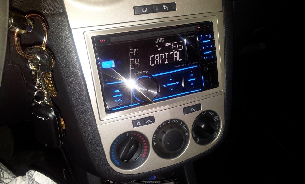 Schema Elettrico Autoradio Opel Meriva : Corsa club italia leggi argomento modifica da aux a